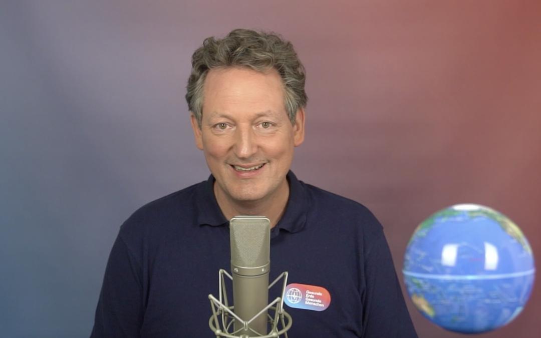 """Eckart von Hirschhausen auf Tagung """"lässt sich Humor in Vitrinen sperren?"""""""
